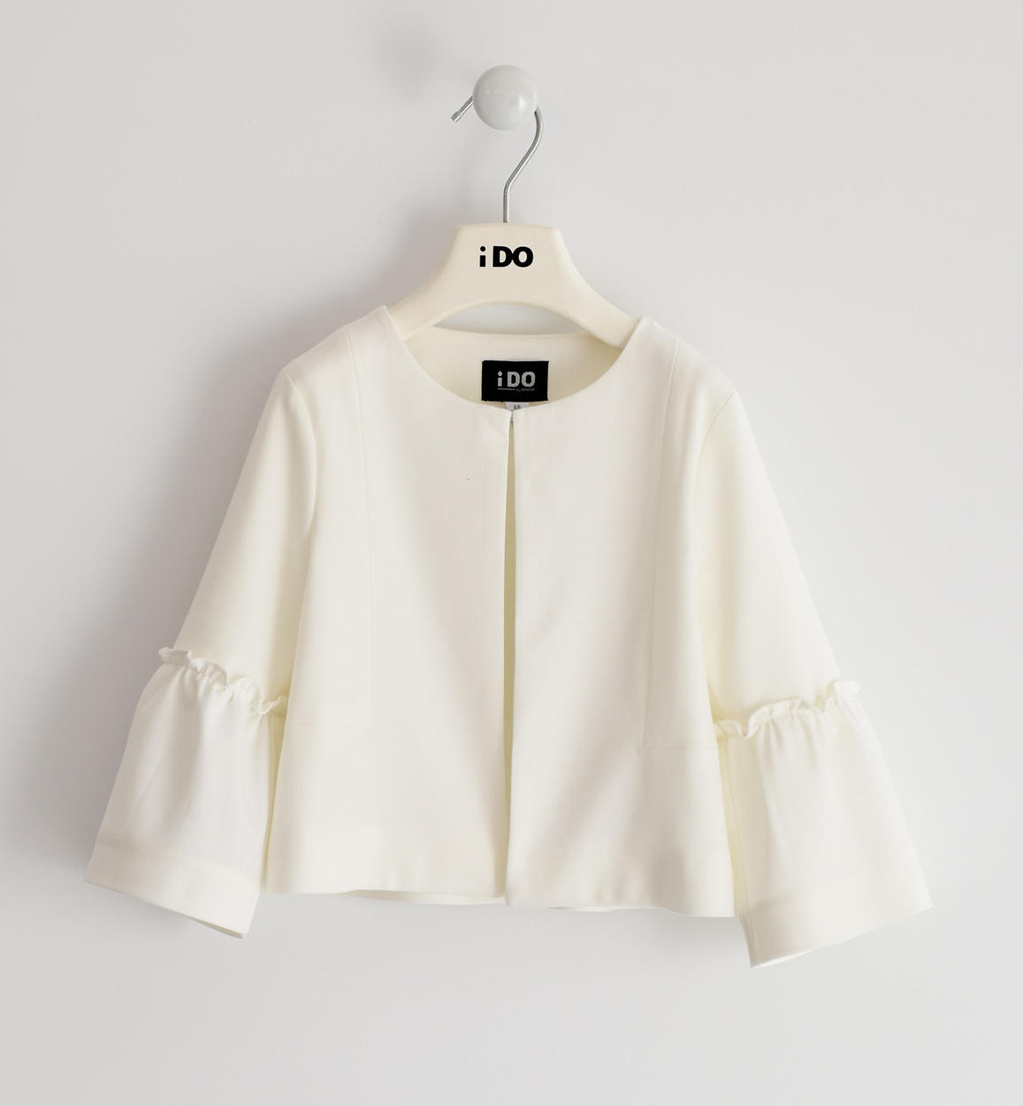 fehér tölcsér ujjú kabát