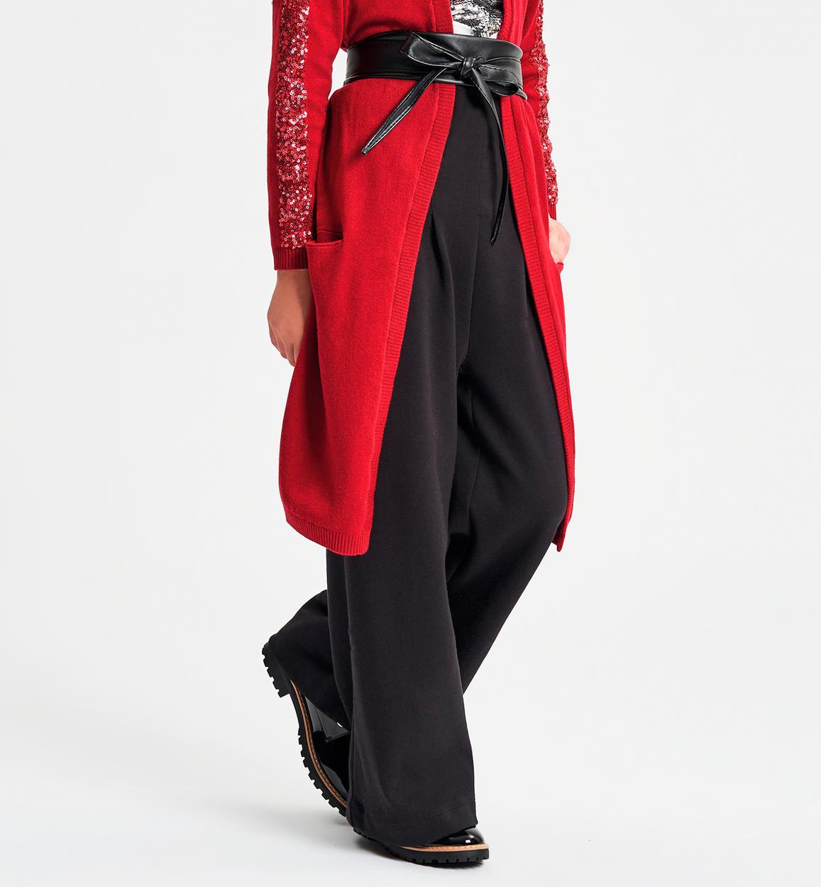 Fekete bő szárú nadrág