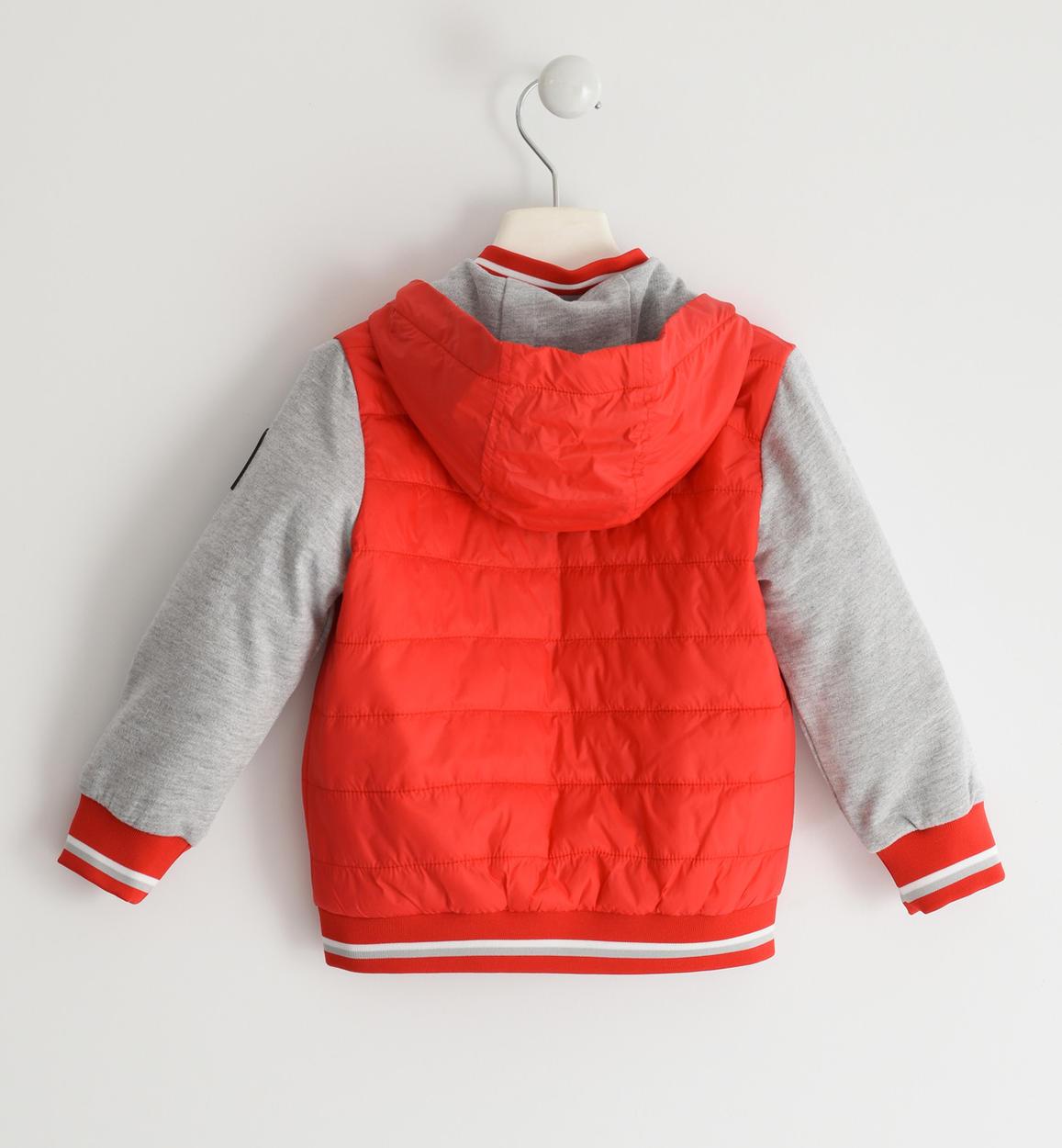 particolare giubbotto in nylon con manic rosso dettaglio 03 1244j26000 2235 150x150