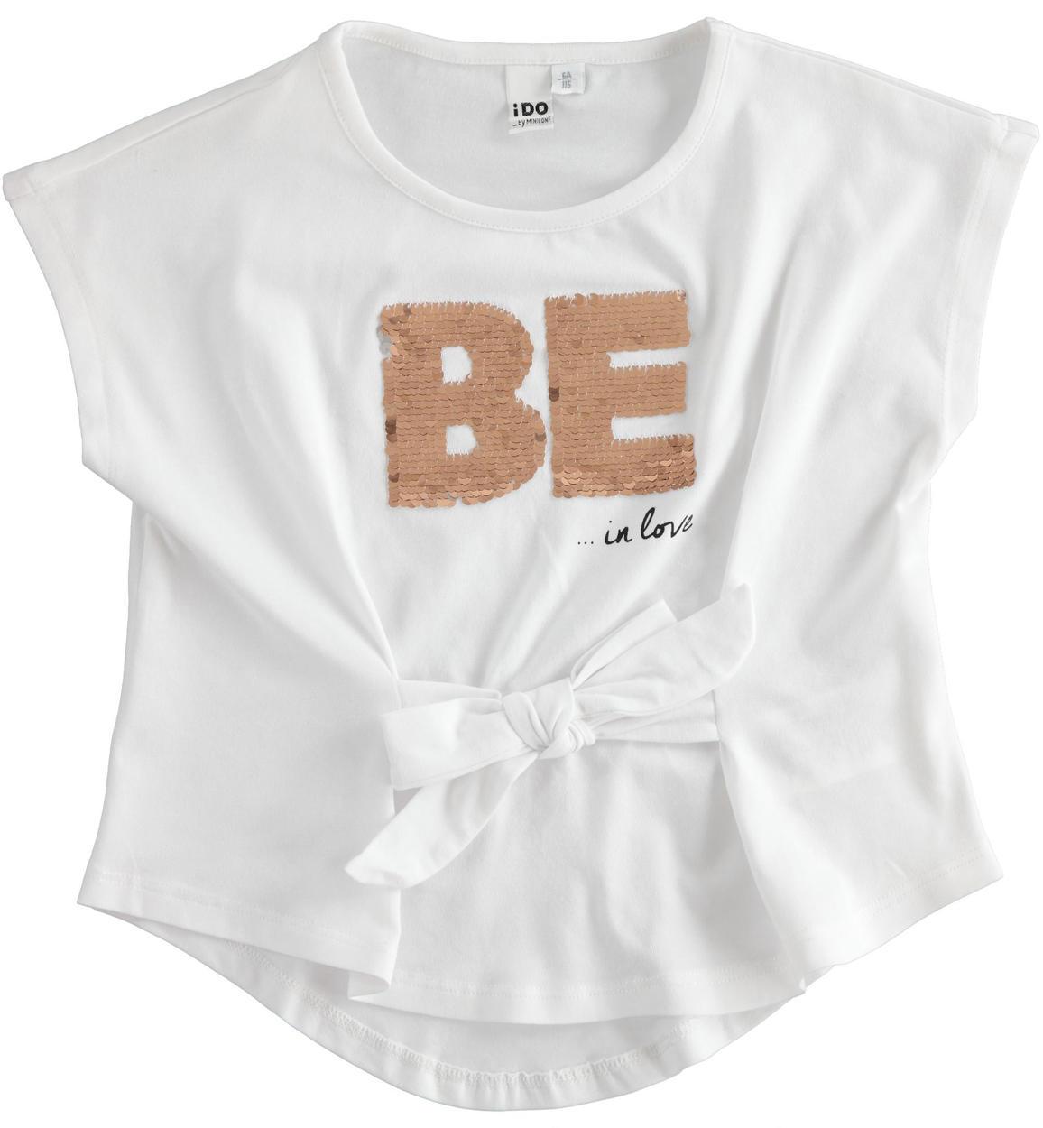 Kislány fehér be flitteres mintás póló