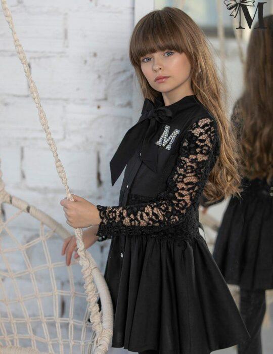 Fekete csipkés kislány ruha
