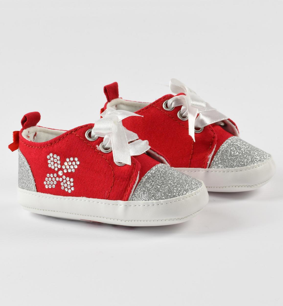 Piros köves csillogós kislány bébi cipő